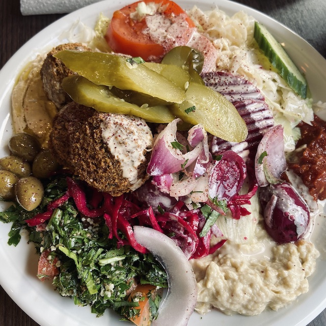 Inexpensive vegan Falafel plate in Munich's Viktualienmarkt